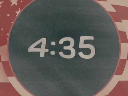 VINTAGE WAVING AMERICAN FLAG COUNTDOWN
