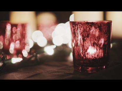 CHRISTMAS CANDLE VIDEO BACKGROUND 01