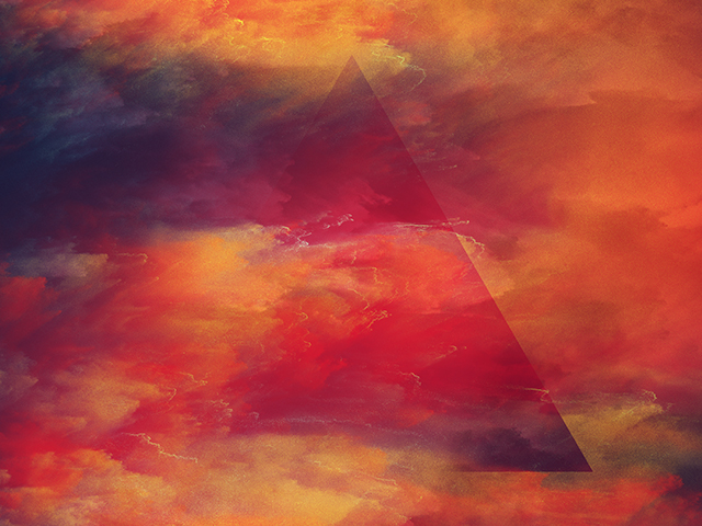 COLOR STORM TRIANGLE