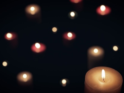 DARK COLORED CHRISTMAS CANDLES