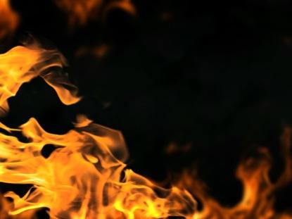 FLAMES INTENSE FIRE