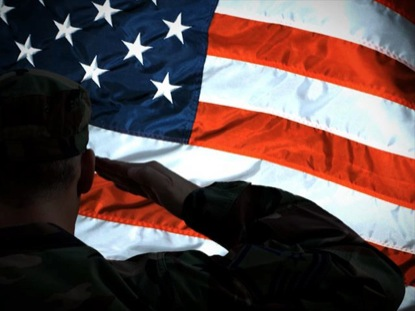 SOLDIER SALUTES US FLAG LOOP