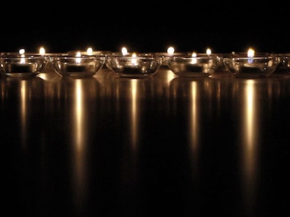 REFLECTIVE CANDLES BLANK MOTION