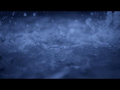 SLOW SPLASHING WATER