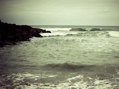BEACH WAVES 1