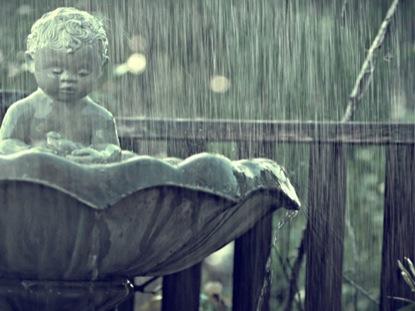 RAIN STATUE
