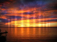COLORFUL LAKE SUNSET