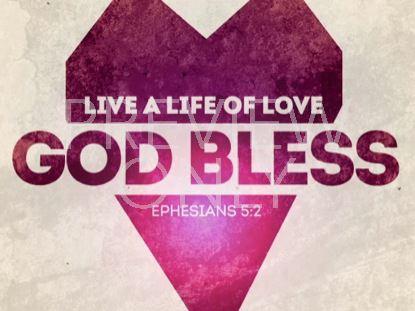 LIVE LOVE CLOSING STILL