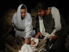 JOSEPH AND MARY - MANGER 4