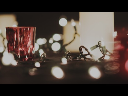 CHRISTMAS CANDLE VIDEO BACKGROUND 02
