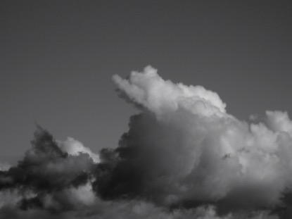 HORIZON CLOUDS BW