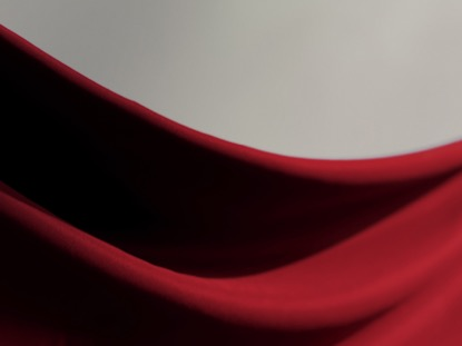 RED SWOOP CLOTH