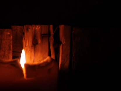 PALLET CANDLE 05