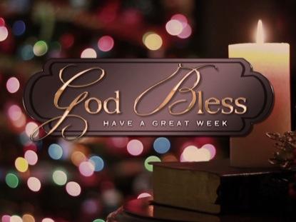TRADITIONAL CHRISTMAS CLOSE 1