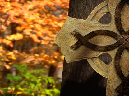 FALL FOOTAGE CELTIC CROSS MOTION