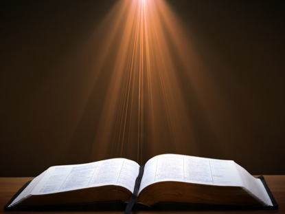 OPEN BIBLE LIGHT RAYS