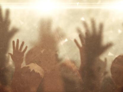WORSHIP CROWD HANDS GOLD