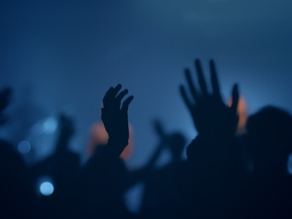 WORSHIP GROUP HANDS BLUE