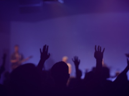 WORSHIP GROUP HANDS PURPLE