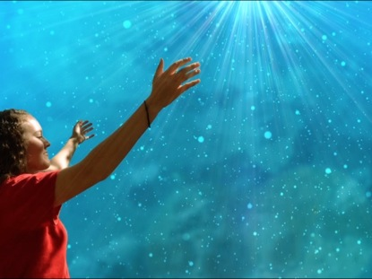 HANDS LIFTED IN WORSHIP 2