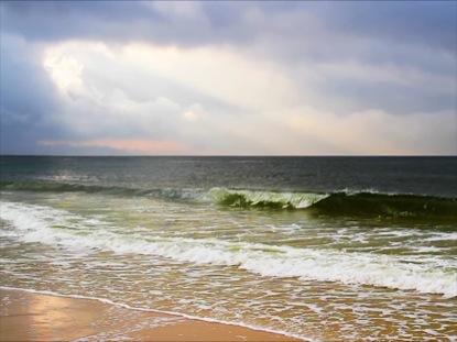 LUMINOUS SURF LOOP